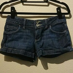 Mossimo Supply Co. Jean Shorts Size 7 Dark Wash